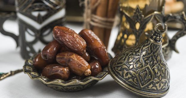 Belajar dari Sunnah: Beginilah cara Nabi Muhammad memakan kurma