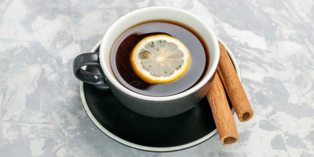 Minum kopi campur lemon! Apakah benar terkandung manfaat khusus di dalamnya