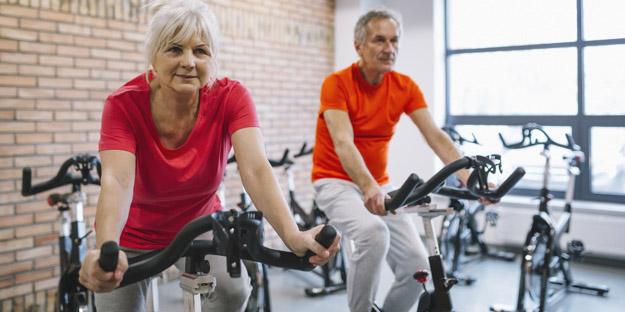 Perkuat daya pikir lansia dengan melakukan aktivitas sehat ini secara rutin!